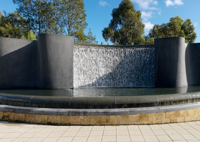Water Feature, Gateway to Adelaide <span>2000</span>